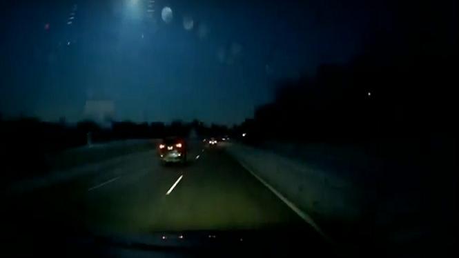Cau+un+meteorit+a+Detroit+i+causa+un+tremolor+de+dos+graus+en+l%27escala+de+Richter