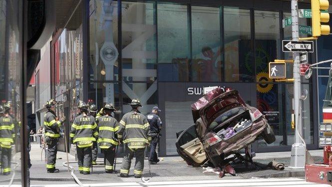 Un+mort+i+diversos+ferits+en+un+atropellament+a+Times+Square%2C+a+Nova+York