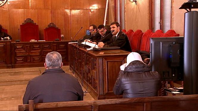 Condemnen+un+vigilant+de+l%27ORA+i+un+policia+de+Valldemossa+per+apropiar-se+de+9000+euros