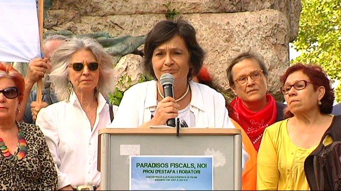 Un+centenar+de+persones+protesten+contra+els+paradisos+fiscals+a+Palma