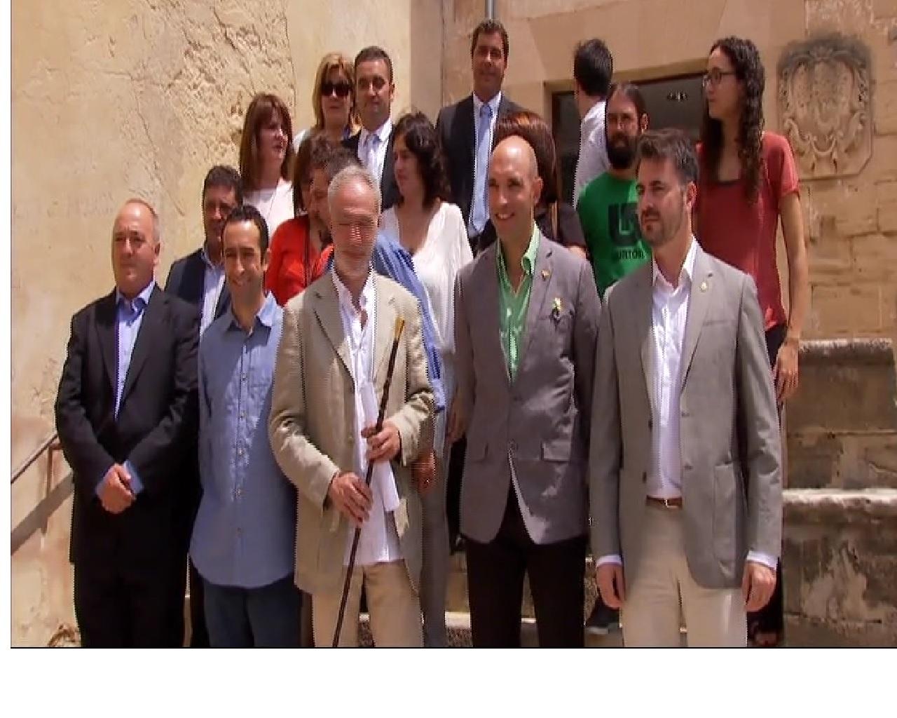 Perilla+el+pacte+de+govern+a+Pollen%C3%A7a