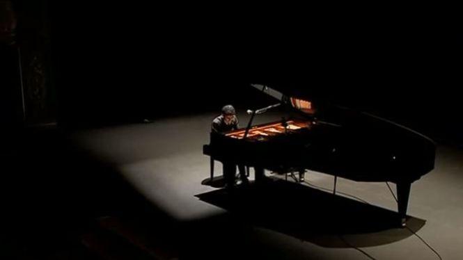 El+pianista+perseguit+per+ISIS%2C+rep+400+persones+al+Principal+de+Palma