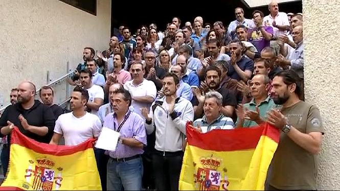 Els+sindicats+policials+condemnen+l%27assetjament+que+pateixen+a+Catalunya