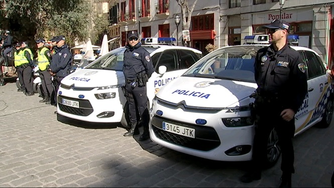 120+agents+de+la+Policia+Local+de+Palma+refor%C3%A7aran+el+dispositiu+d%27estiu