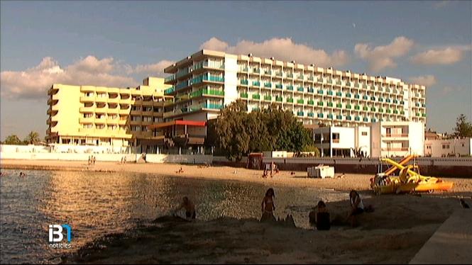 Es+reobre+la+platja+des+Serral%2C+a+Cala+de+Bou%2C+Eivissa