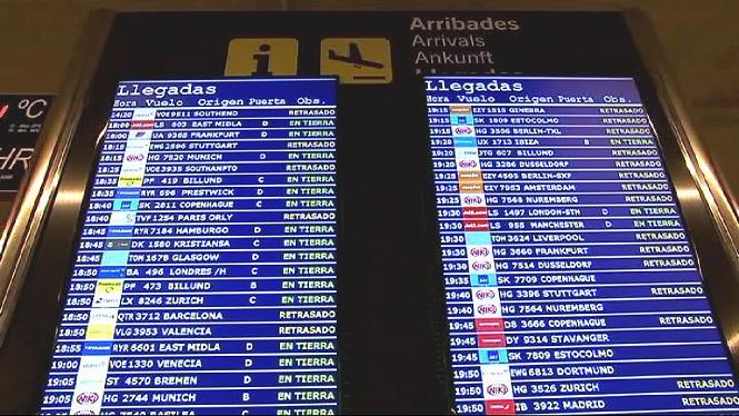 Retards+de+quasi+10+hores+en+el+vols+de+la+companyia+Air+Europa+entre+Palma+i+Barcelona