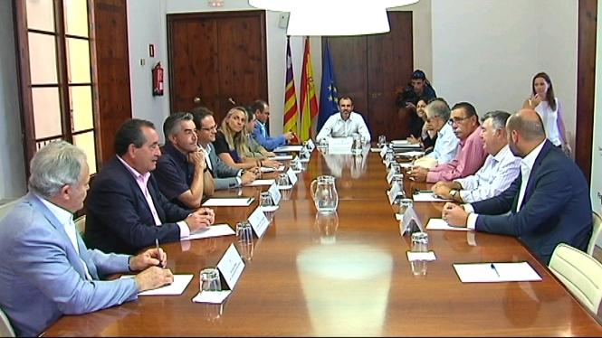 Primera+reuni%C3%B3+de+Biel+Barcel%C3%B3+amb+la+Federaci%C3%B3+Hotelera+de+Mallorca