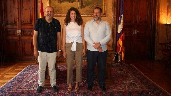 La+directora+insular+de+Pol%C3%ADtica+Ling%C3%BC%C3%ADstica+de+Mallorca+pren+possessi%C3%B3+del+c%C3%A0rrec