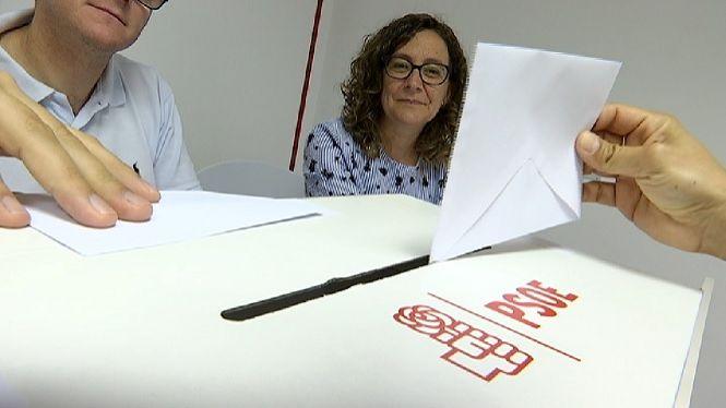 El+grup+parlamentari+del+PSOE+al+Congr%C3%A9s+es+reuneix+despr%C3%A9s+dels+convuls+cap+de+setmana