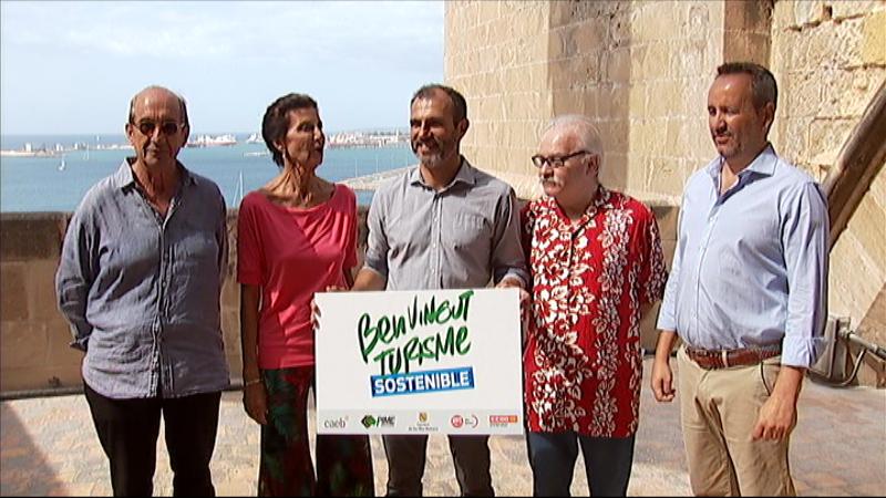 El+Govern+demana+als+ciutadans+que+siguin+receptius+envers+el+turisme