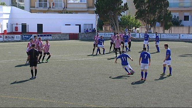 El+Formentera+es+mant%C3%A9+l%C3%ADder%2C+una+setmana+m%C3%A9s%2C+de+la+Tercera+Divisi%C3%B3