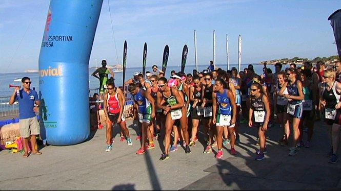 Eivissa+celebra+el+primer+aquatl%C3%B3+de+Sant+Antoni