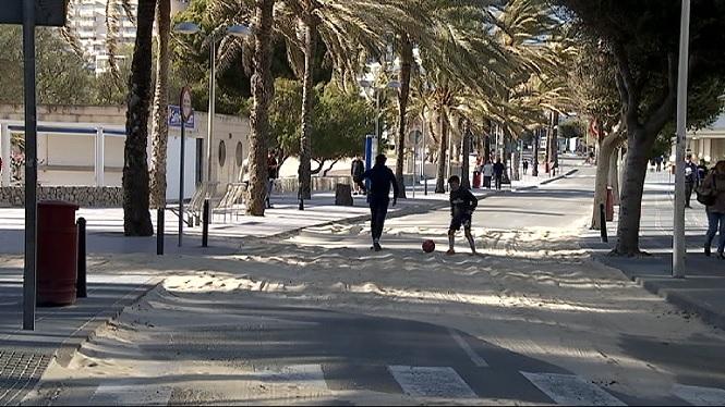 El+temporal+de+fort+vent+i+mala+mar+provoca+nombroses+destrosses+a+Mallorca