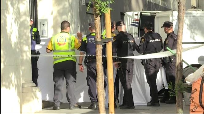 La+Policia+investiga+les+causes+de+la+mort+dels+dos+adolescents+en+caure+un+ascensor+a+Madrid