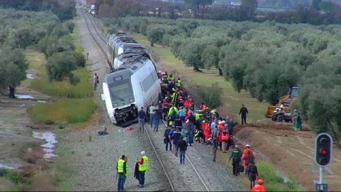 Dos+ferits+greus+en+el+descarrilament+d%27un+tren+de+la+l%C3%ADnia+M%C3%A0laga-Sevilla
