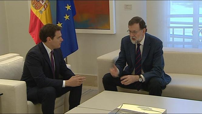 Rivera+proposa+a+Rajoy+seguir+controlant+les+finances%2C+els+Mossos+i+TV3+a+Catalunya