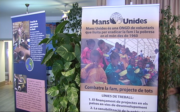 Mans+Unides+desenvolupa+dos+projectes+educatius+a+l%27%C3%80frica