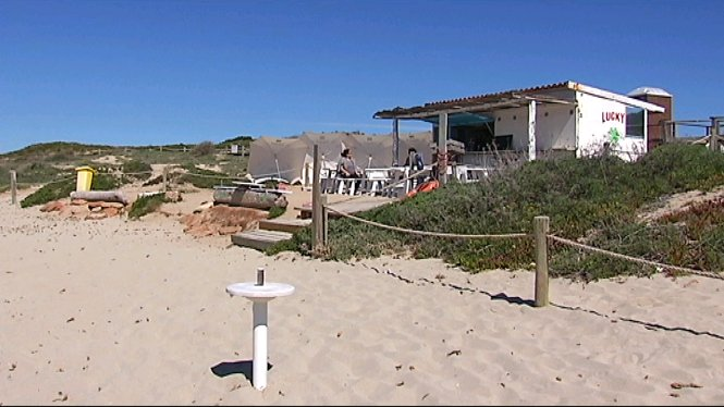 Inauguraci%C3%B3+de+la+temporada+de+quiosquets+de+platja+a+Eivissa