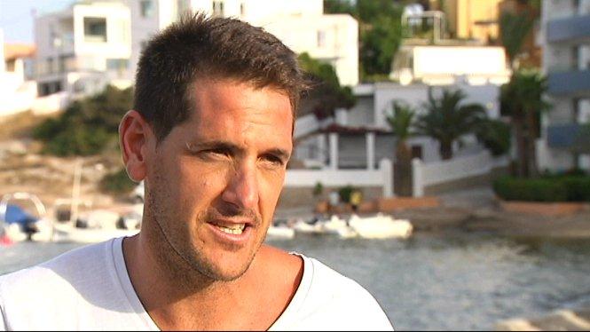 Javier+Zurbano+explica+l%E2%80%99%C3%A8xit+del+futbol+island%C3%A8s+a+l%E2%80%99Eurocopa