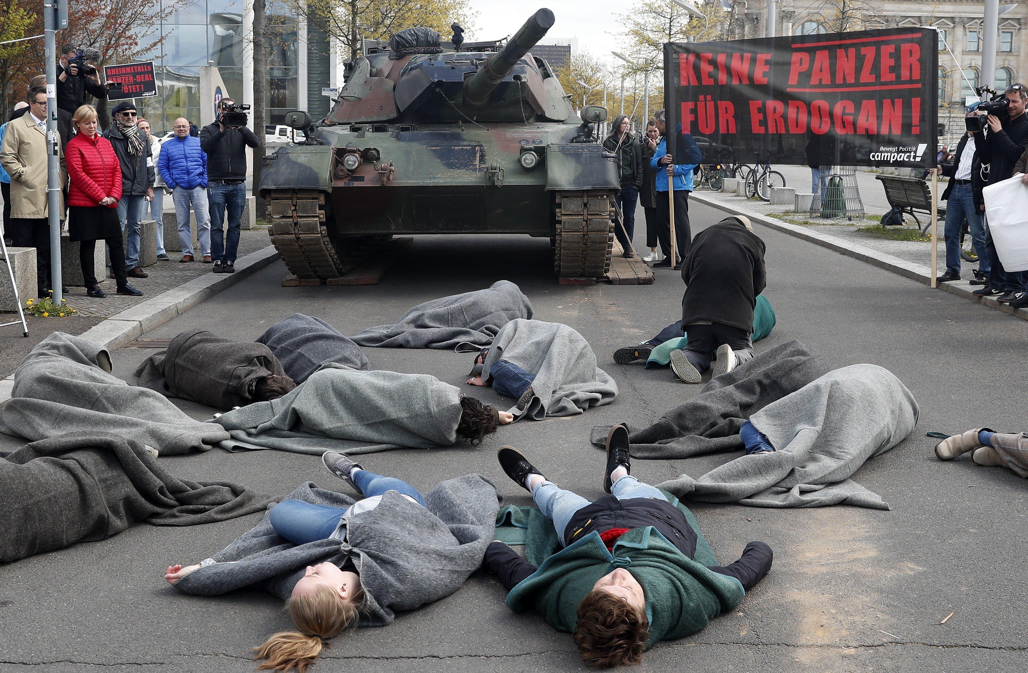 Protestes contra la construcció d'una fàbrica de vehicles militars a Turquia. / FELIPE TRUEBA