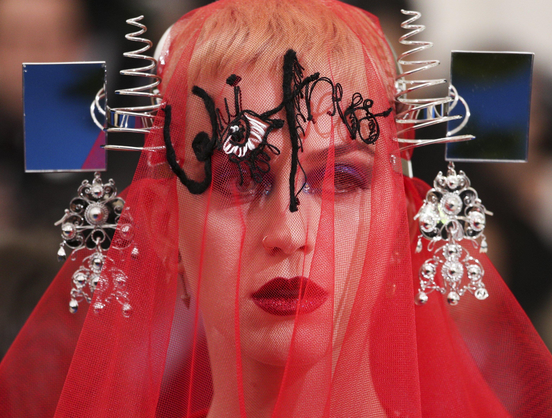 La cantant nord-americana Katy Perry arriba a la catifa vermella de la gala benèfica de l'Institut del Vestuari del Museu Metropolità d'Art. /JUSTIN LANE