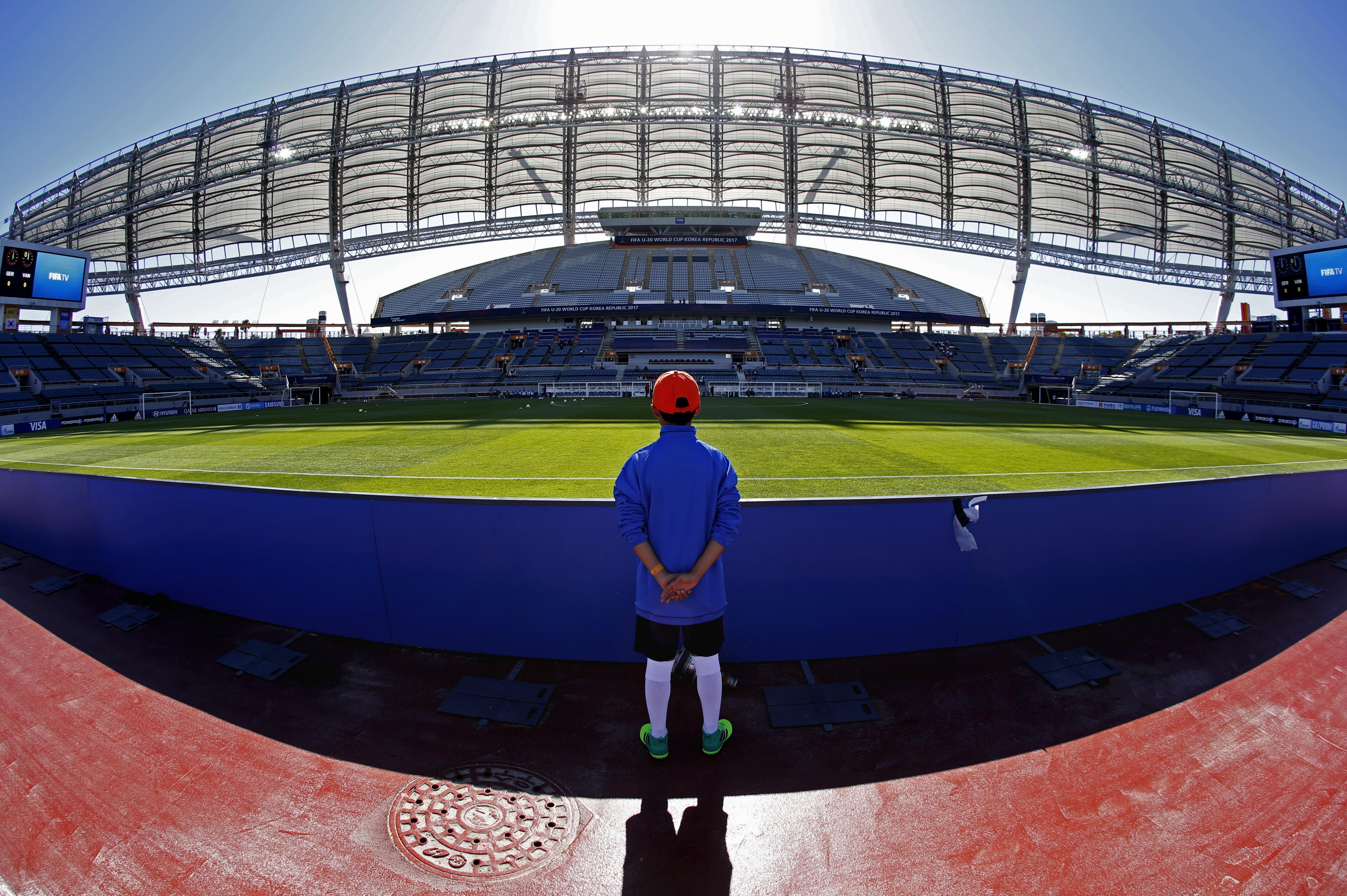 L'Estadi de la Copa del Món de Jeju, un dels camps on es disputa el Mundial de la FIFA sub-20, a Seogwipo (Corea del Sud). /WALLACE WOON