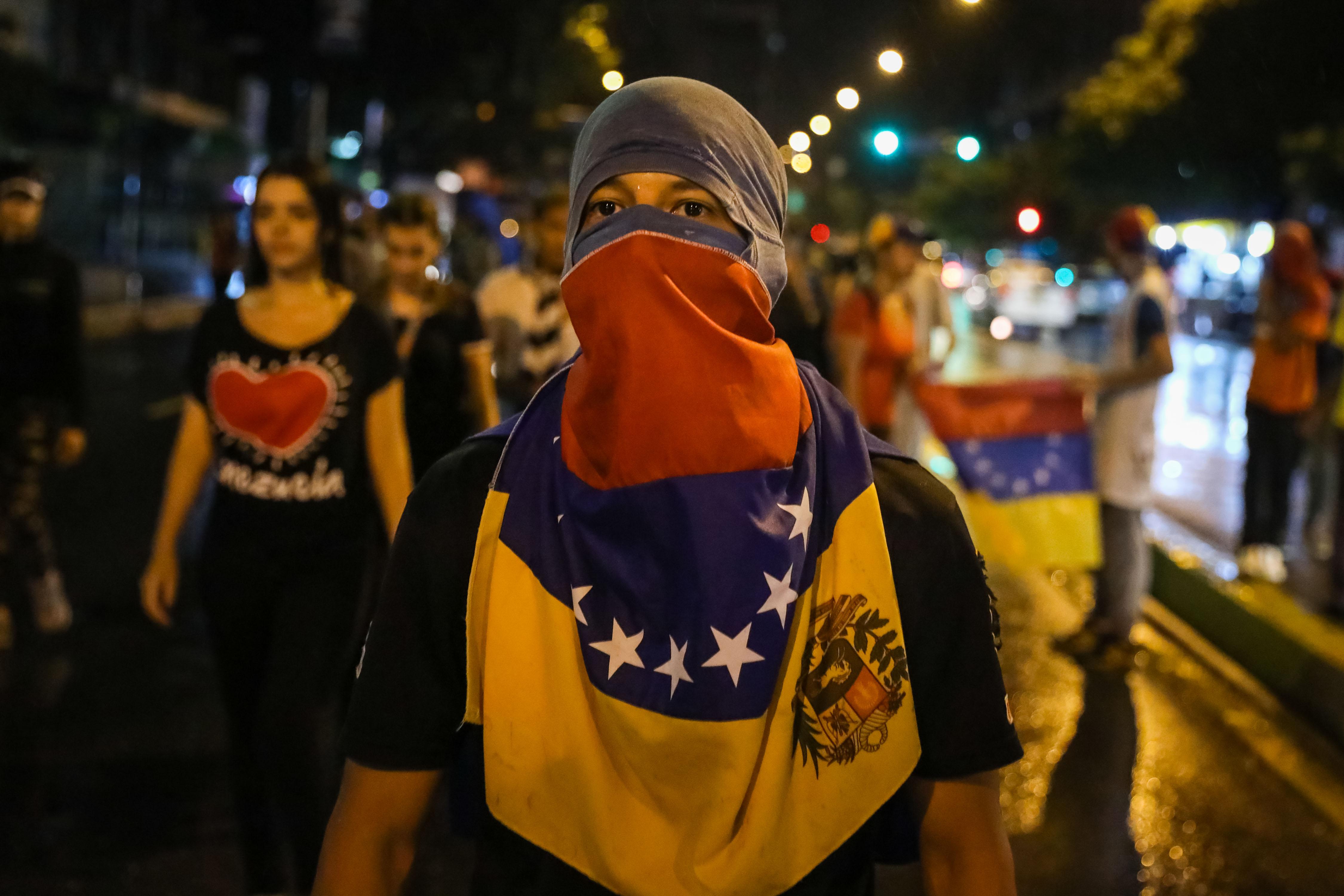 Marxa per honrar l'estudiant mort durant manifestació opositora a Caracas. /MIGUEL GUTIERREZ
