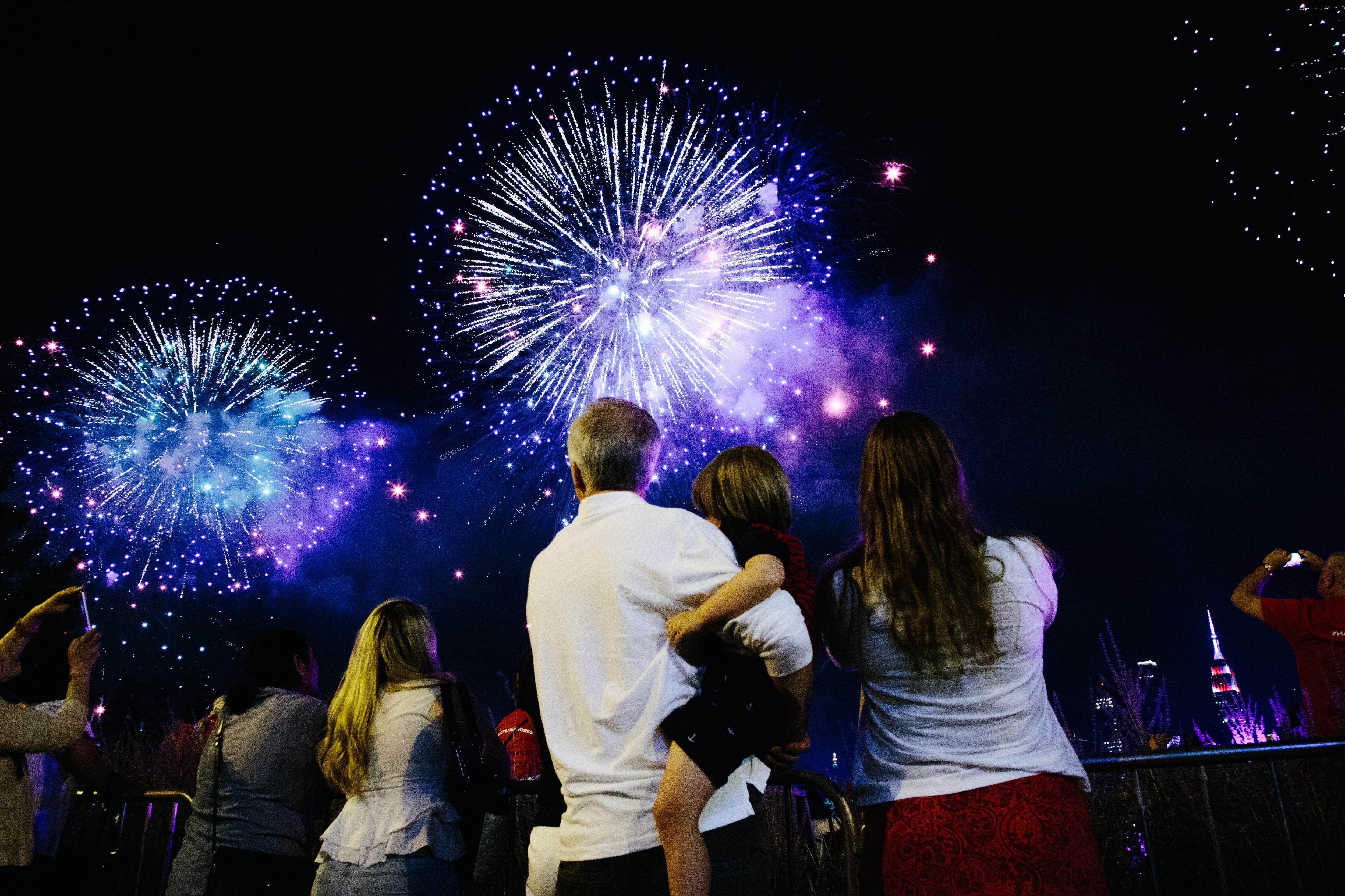 Exhibició de focs artificials de Macy's durant la celebració del Dia de la Independència a Nova York (EUA). /ALBA VIGARAY