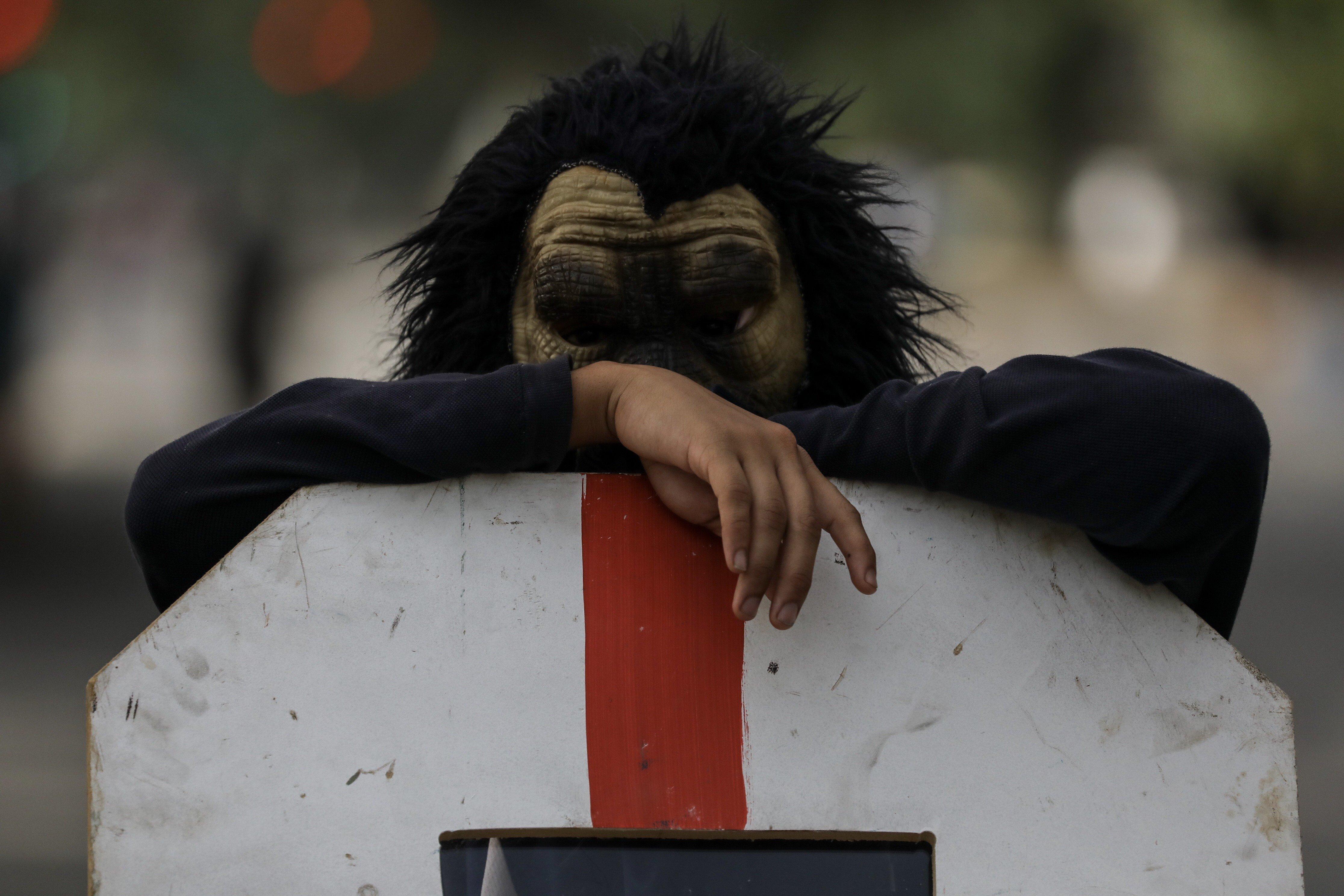 Opositors veneçolans participen en una protesta a Caracas (Veneçuela). /MIGUEL GUTIÉRREZ