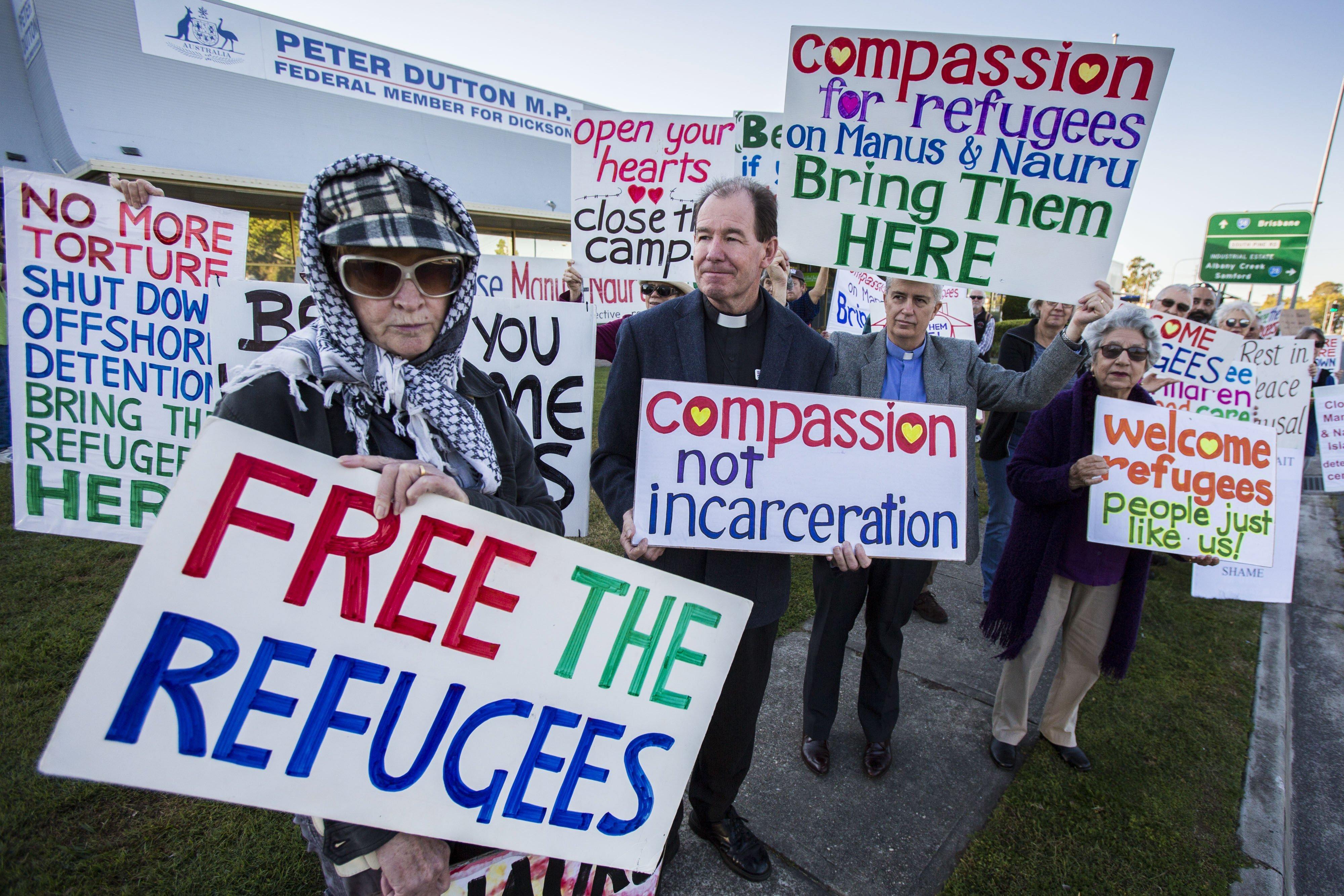 Protestes fora de l'oficina del ministre australià d'immigració Peter Dutton a Brisbane (Austràlia). /GLENN HUNT