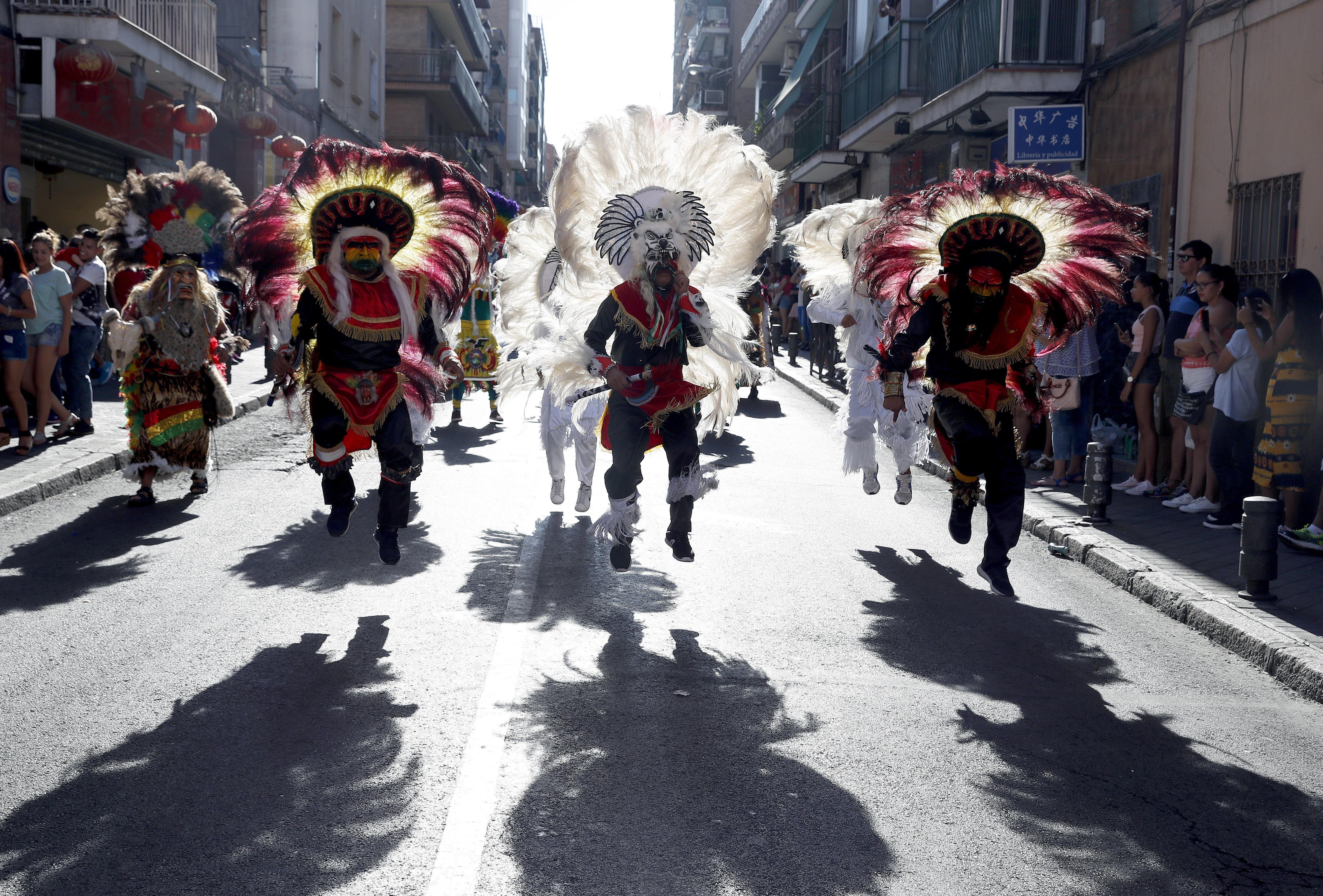 Usera acull una nova edició de la festa en honor a la verge de l'Urkupiña (Madrid). /CHEMA MOYA