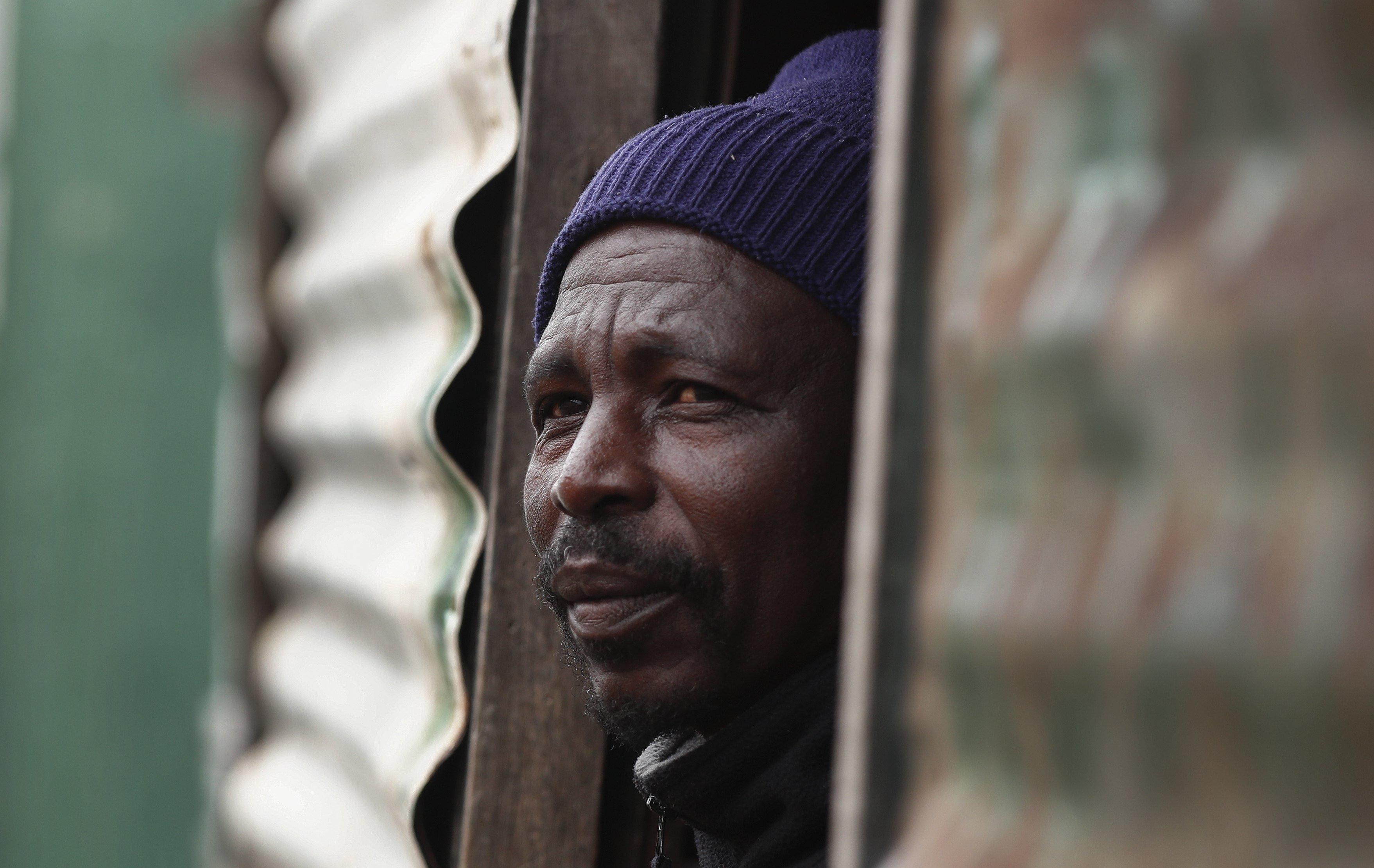 Entre els anys 2011 i 2015, la pobresa a Sud-àfrica s'ha incrementat en més de tres milions de persones. /NIC BOTHMA