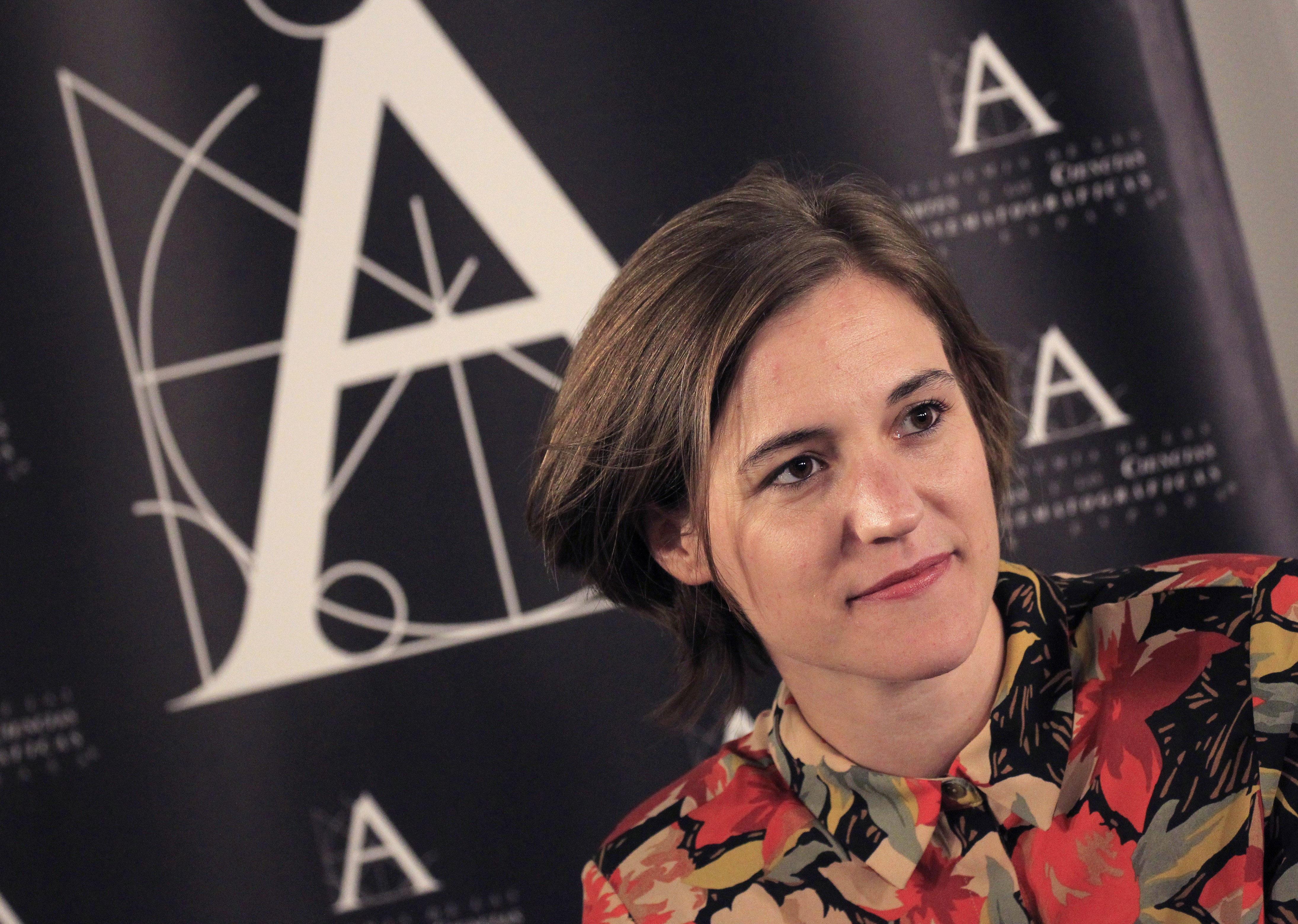 """Carla Simon, directora de la pel·lícula """"Estiu 1993"""", triada per l'Acadèmia de Cinema per representar Espanya en la 90 edició dels Oscars de Hollywood. /VÍCTOR LERENA"""