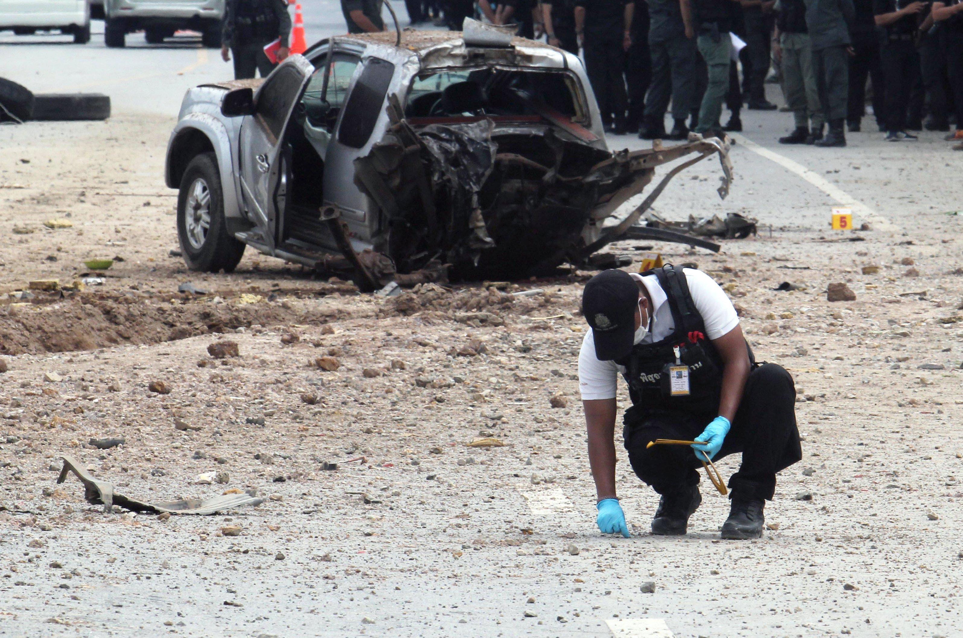 Maten quatre soldats tailandesos en un atemptat bomba a Pattani, sud de Tailàndia. /ABDULLAH WANGNI