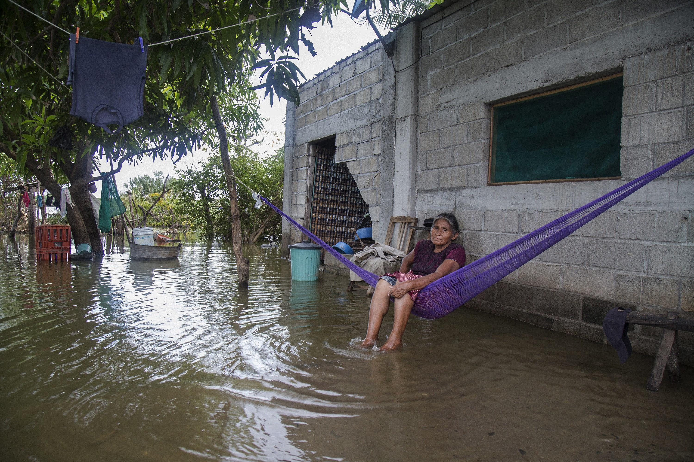 Part de la població de Mèxic roman inundada després del terratrèmol. /LUIS VILLALOBOS