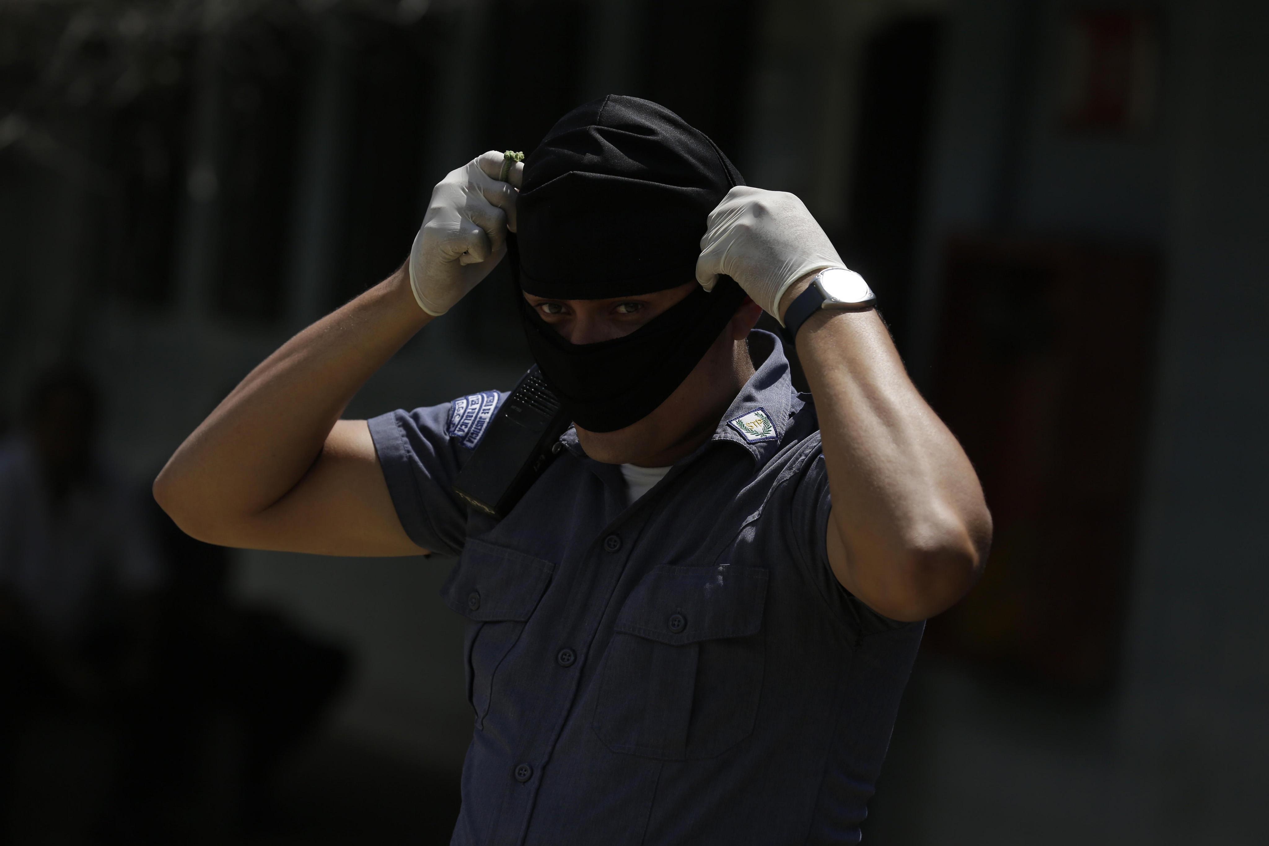 El Salvador aïlla a la presó cinc líders de la màfia Mara Salvatrucha que van ordenar més de 200 assassinats. /RODRIGO SURA
