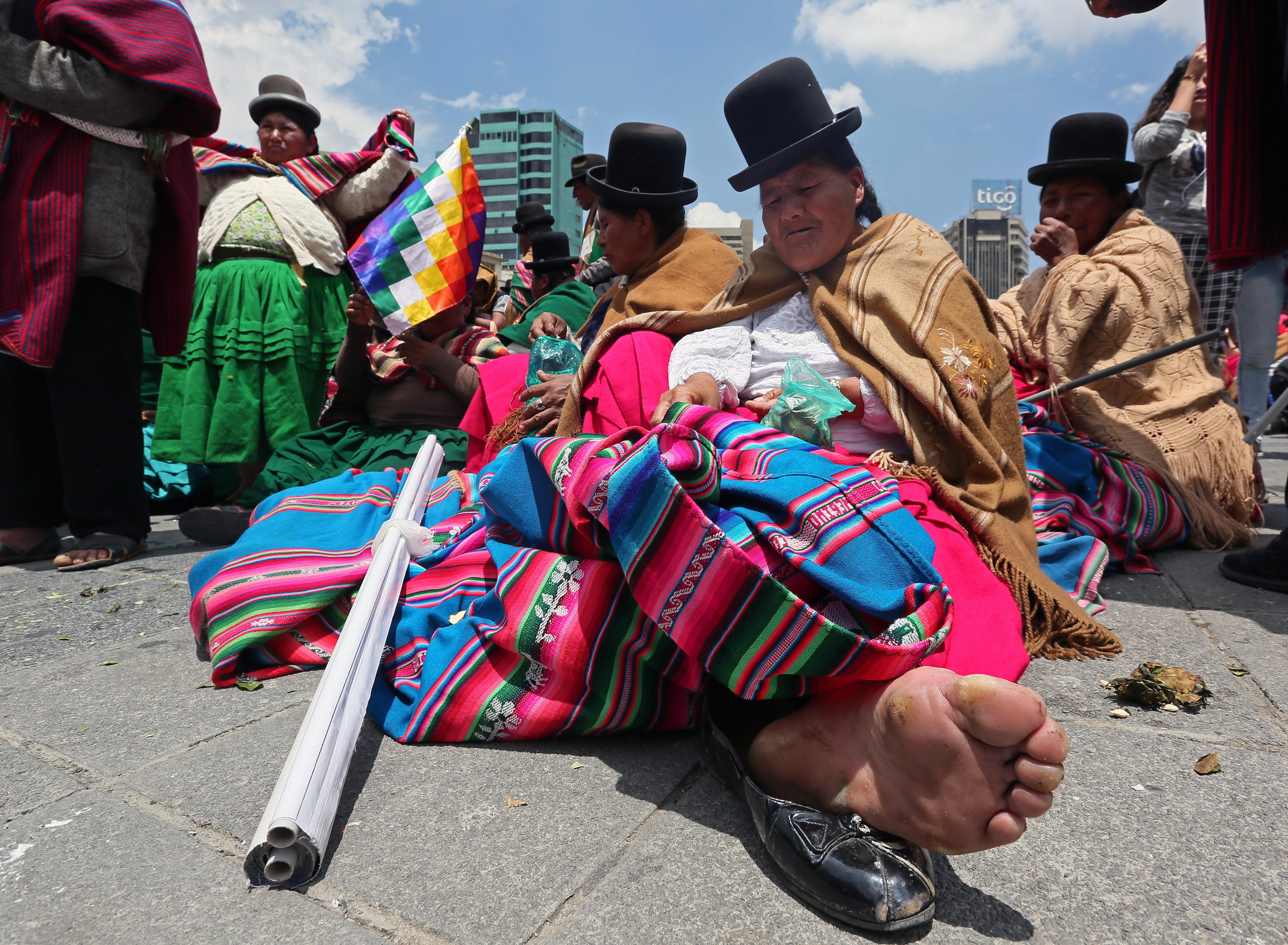 Sectors socials de Bolívia marxen en suport a reelecció d'Evo Morales. /MARTIN ALIPAZ