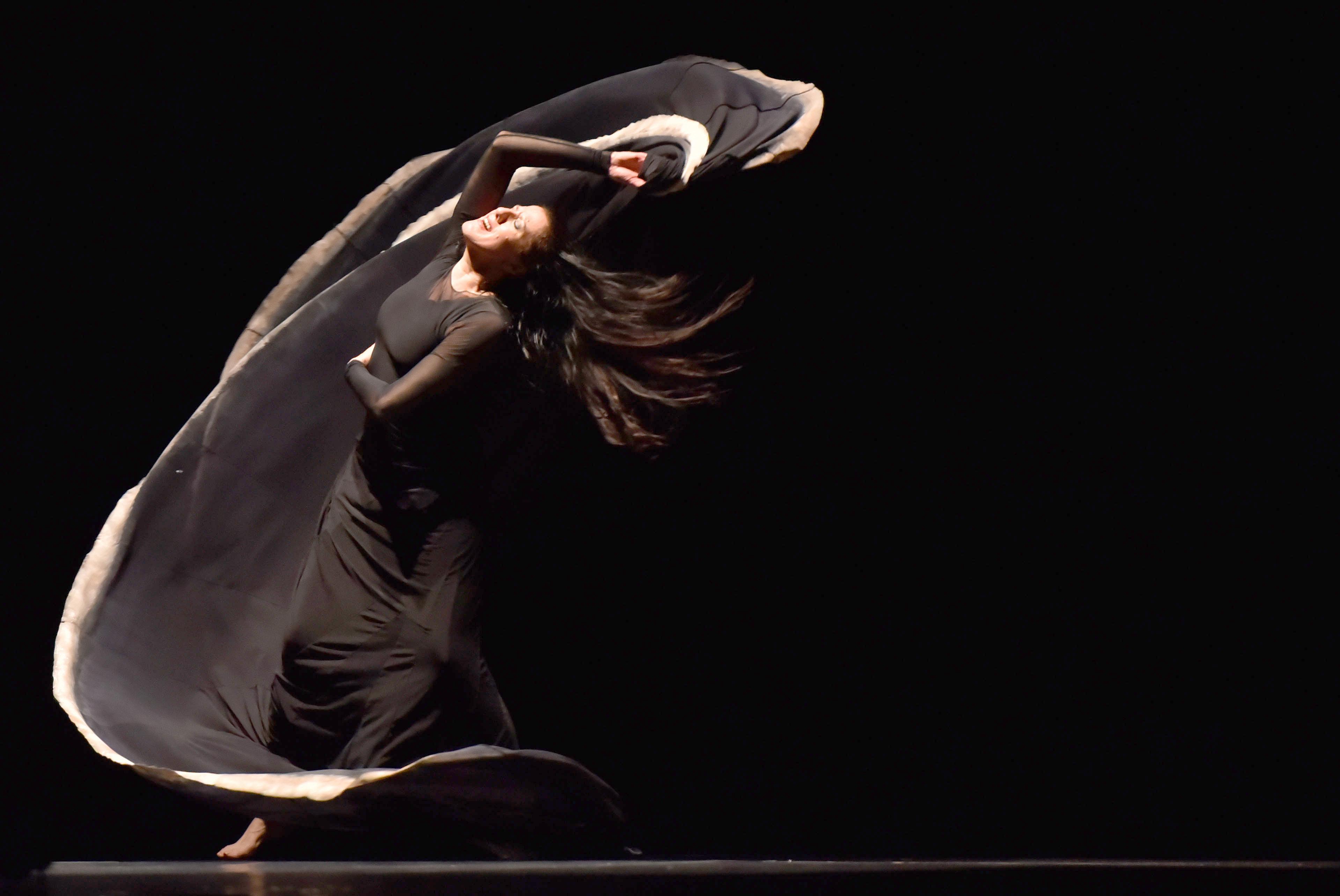 """L'obra """"Jo, Carmen"""", dirigida per l'espanyola María Pagés, durant la tercera edició de la Biennal Internacional de Cali (Colòmbia). /ERNESTO GUZMÁN JR"""