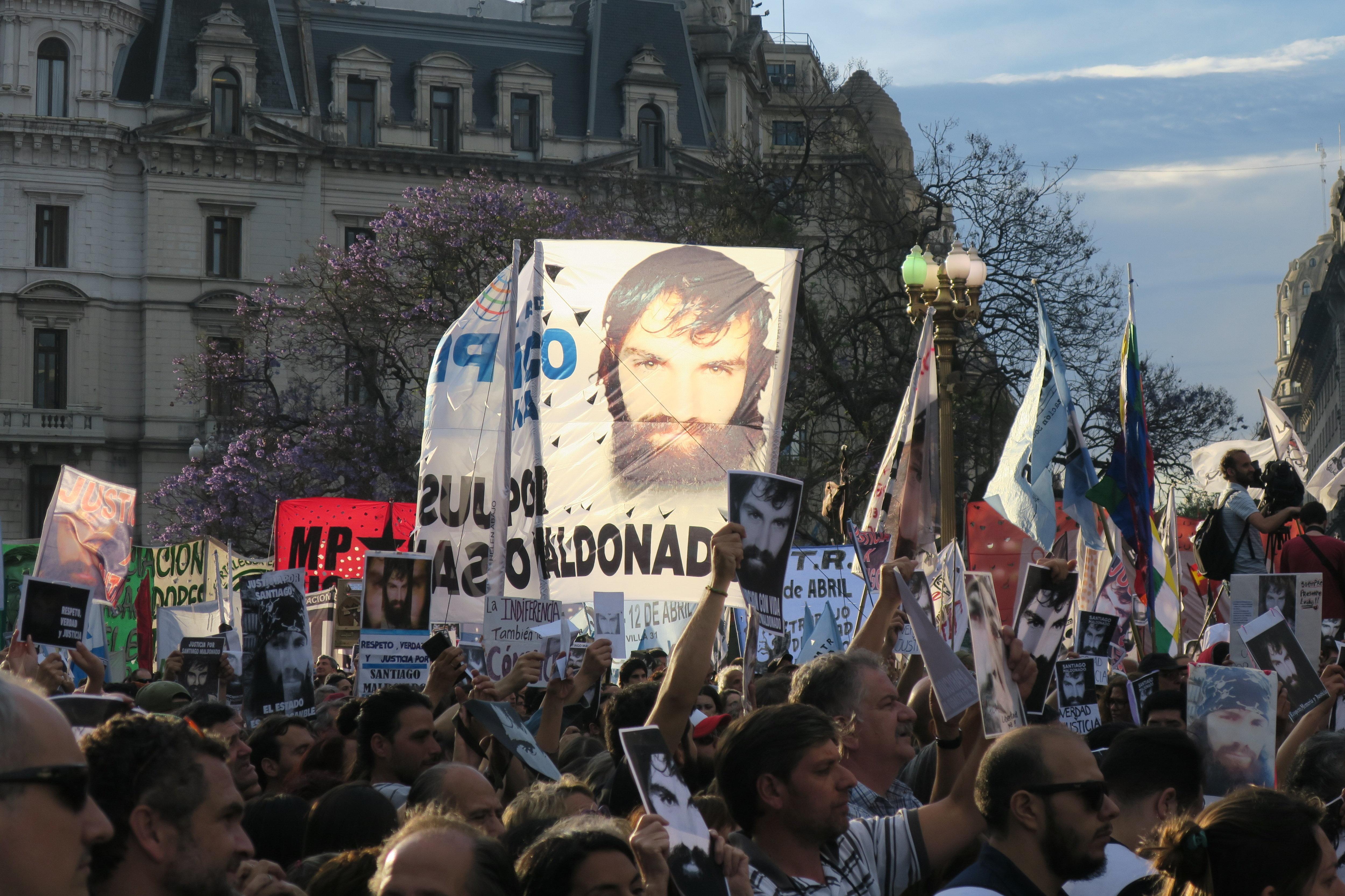 Manifestació per demanar justícia per la mort de Santiago Maldonado, a Buenos Aires (Argentina). /JAVIER CAAMAÑO