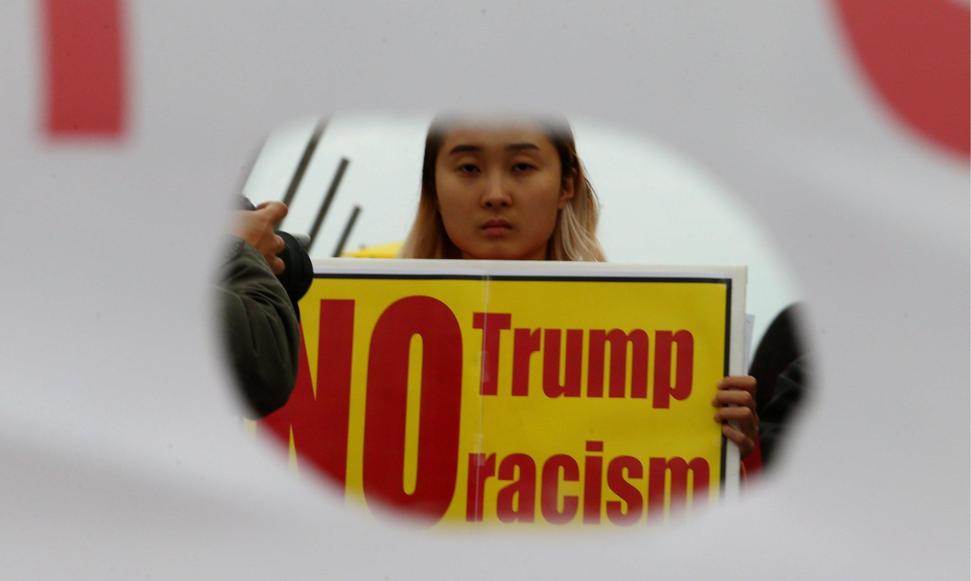 Manifestants protesten en contra de la pròxima visita del president dels Estats Units, Donald Trump, a Seül (Corea del Sud). /KIM CHUL-SOO