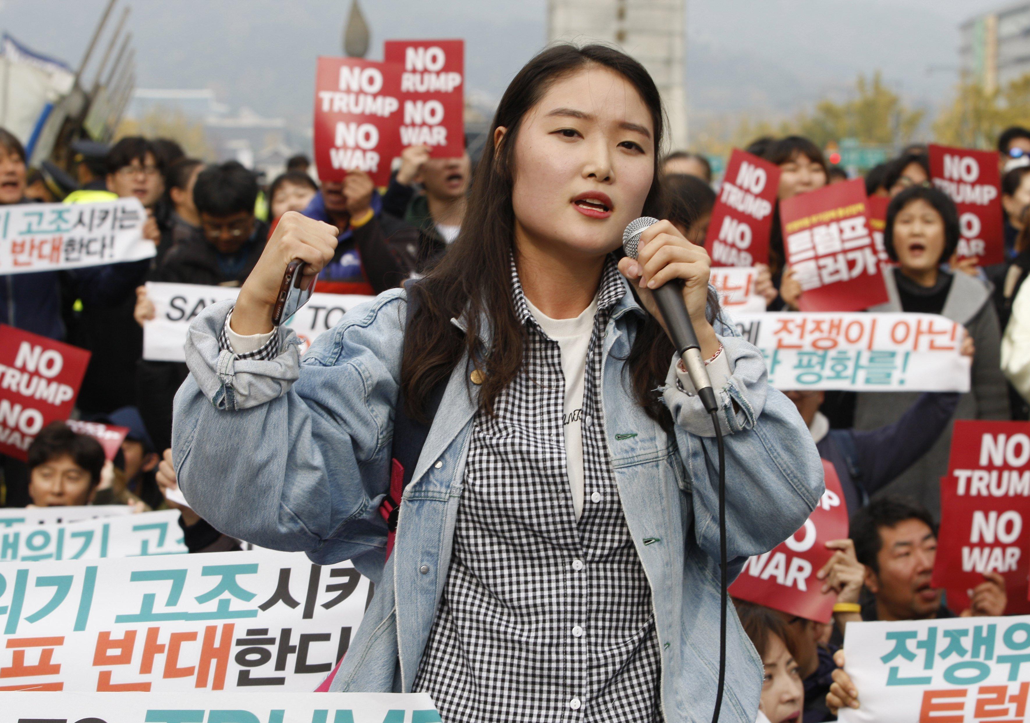 Protesta contra la visita del president dels Estats Units, Donald Trump, a Corea del Sud. /KIM HEE-CHUL
