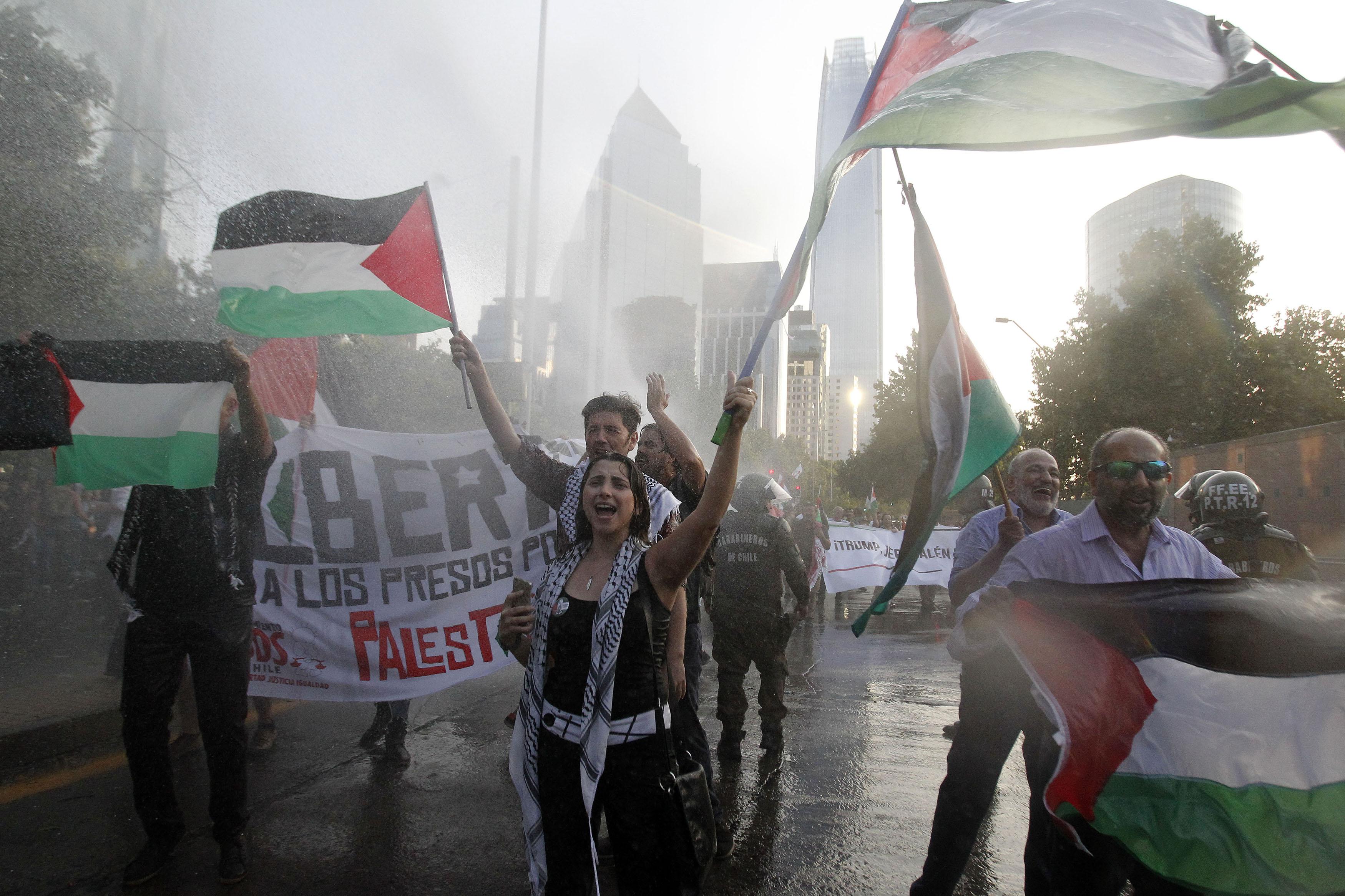 Unes 2.000 persones protesten a Xile per decisió dels EUA sobre Jerusalem. /CHRISTIAN IGLESIAS