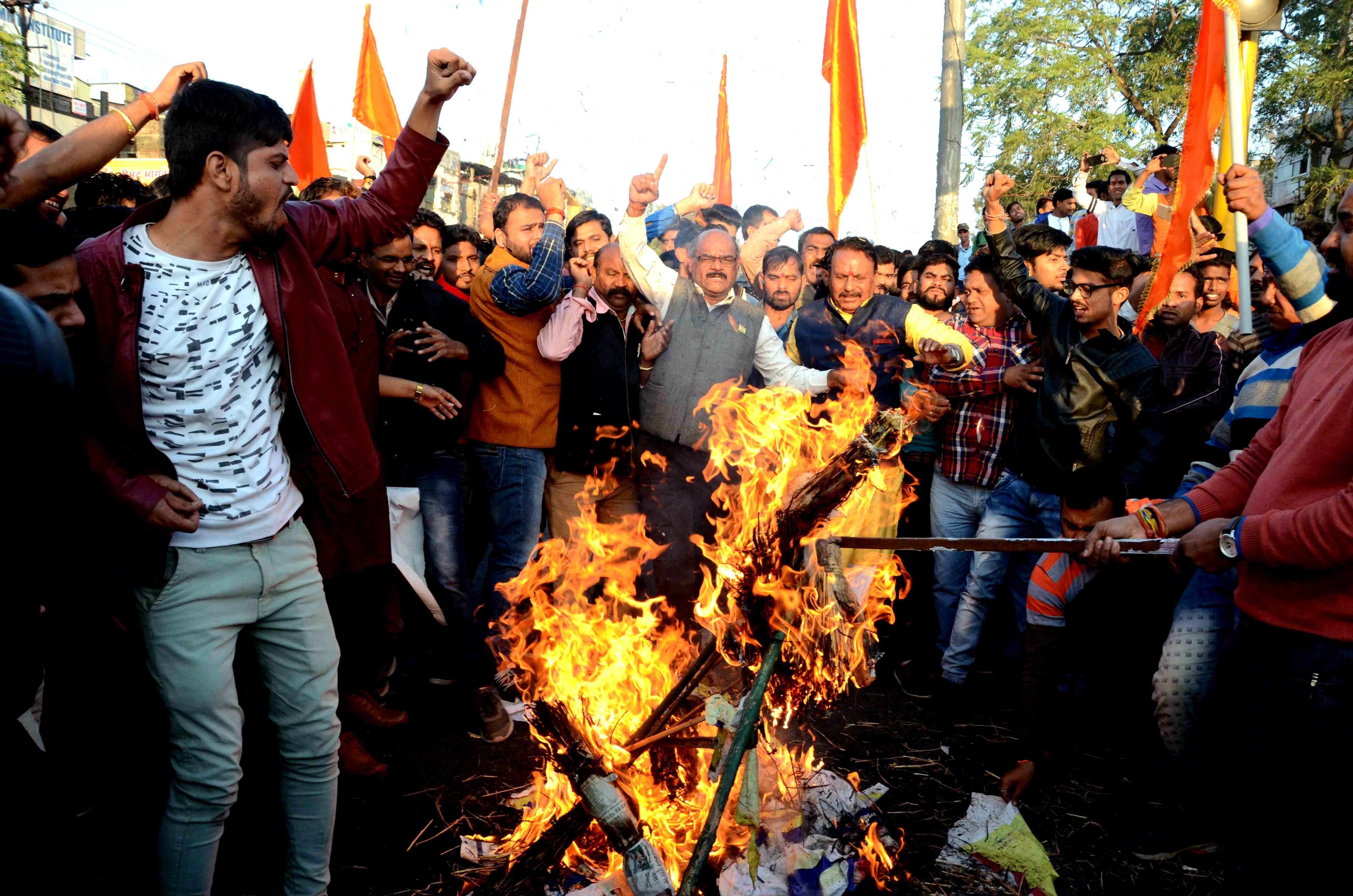 Protestes a Índia abans de l'estrena de la controvertida pel·lícula 'Padmaavat'. /SANJEEV GUPTA