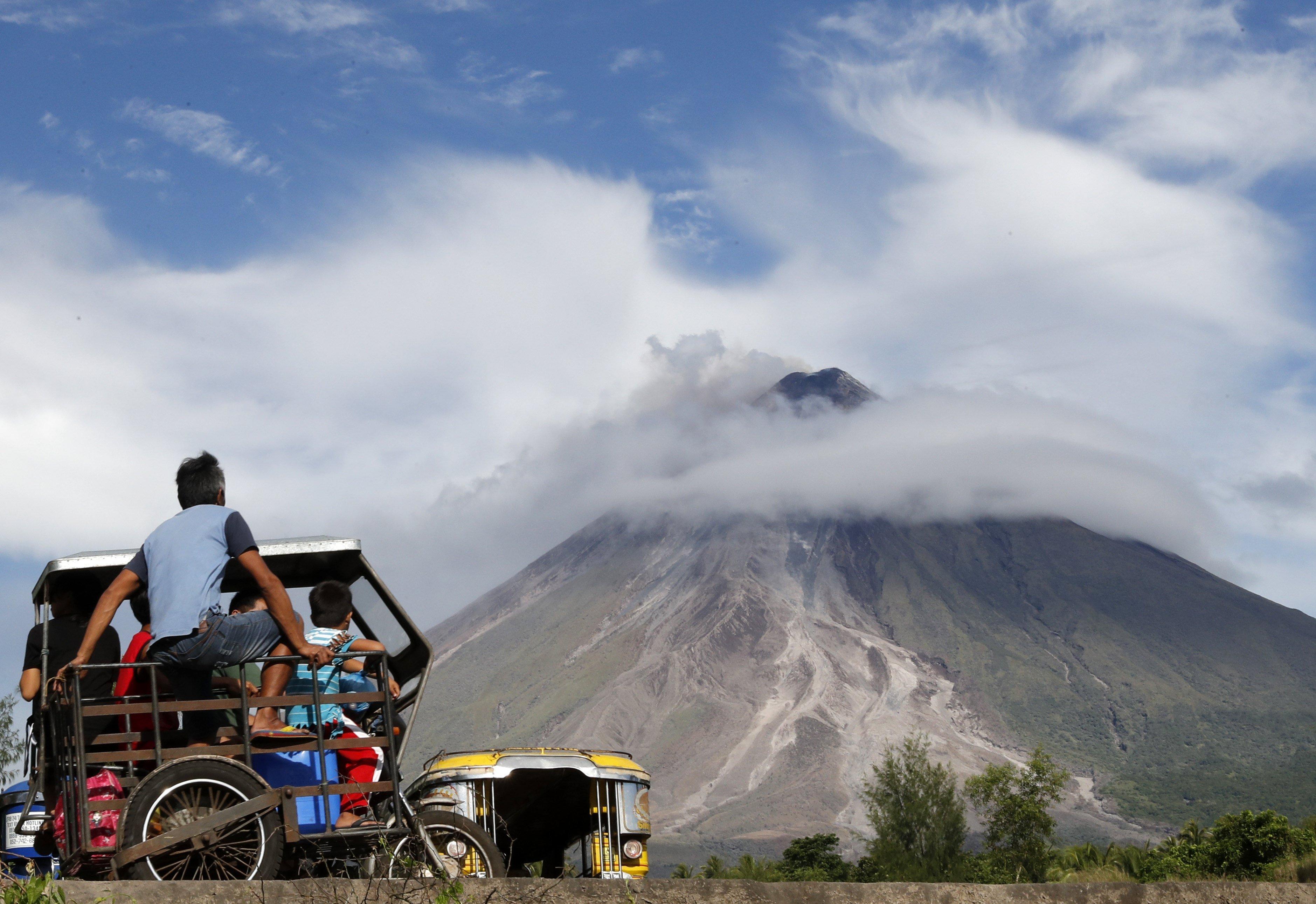 Erupció del volcà Mayon a la província d'Albay, a Filipines. /FRANCIS R. MALASIG