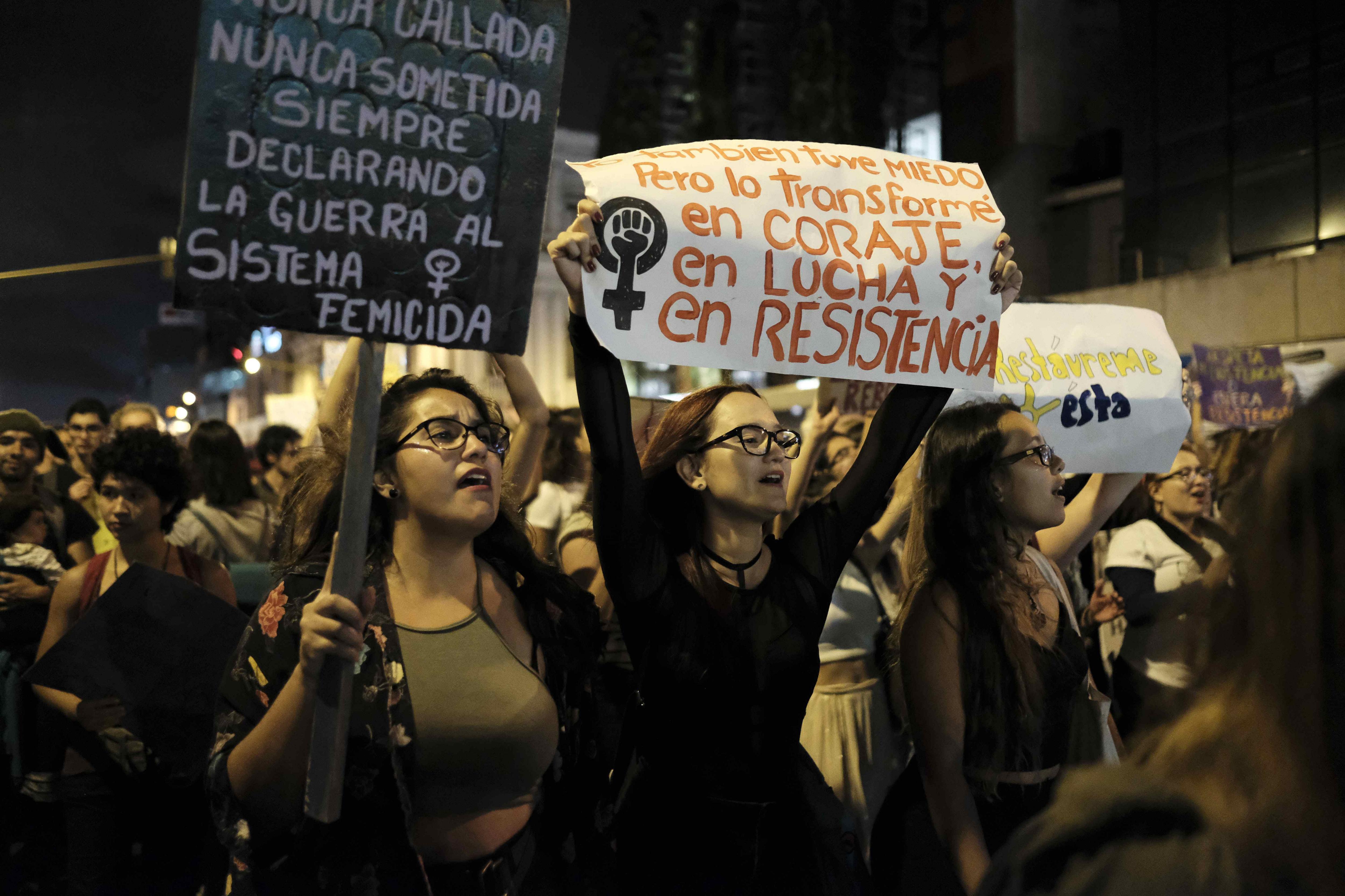 Marxa a Costa Rica per commemorar el Dia Internacional de la Dona. /JEFFREY ARGUEDAS