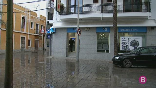 Minven+les+oficines+banc%C3%A0ries+a+Eivissa