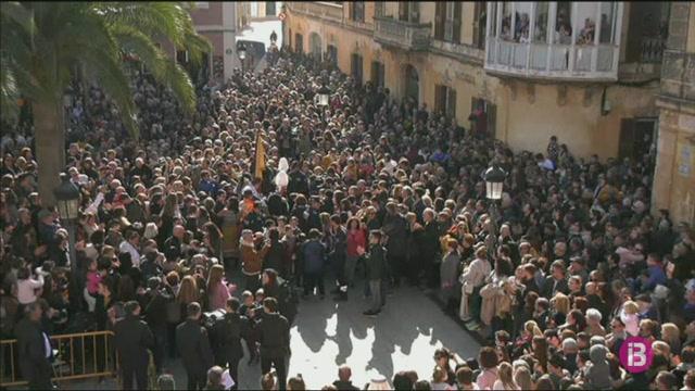 Menorca+reivindica+la+seva+identitat+a+una+multitudin%C3%A0ria+Process%C3%B3+dels+Tres+Tocs