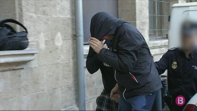 5+detinguts+per+intentar+introduir+coca%C3%AFna+a+Mallorca