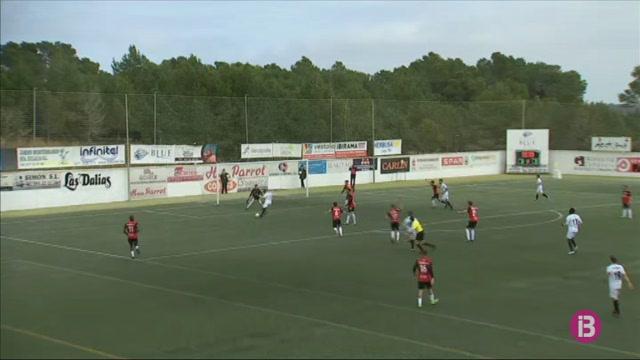 La+Penya+Esportiva+torna+a+les+places+de+play-off+despr%C3%A9s+de+guanyar+el+Melilla