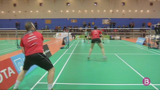 El+Badminton+Piti%C3%BCs+mant%C3%A9+l%27esperan%C3%A7a+de+jugar+el+play-off+pel+t%C3%ADtol